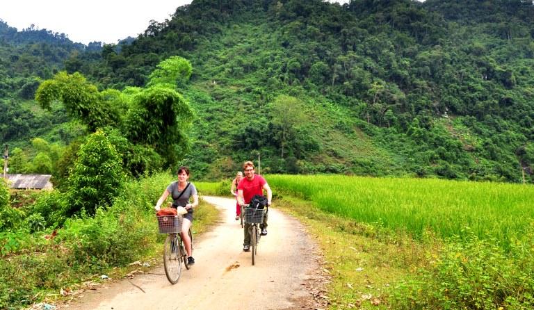 HANOI - BA BE (4D - 3N) Trekking, Kayaking, Biking