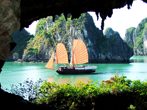 FULL MAJESTIC HALONG TOUR (7D-6N)